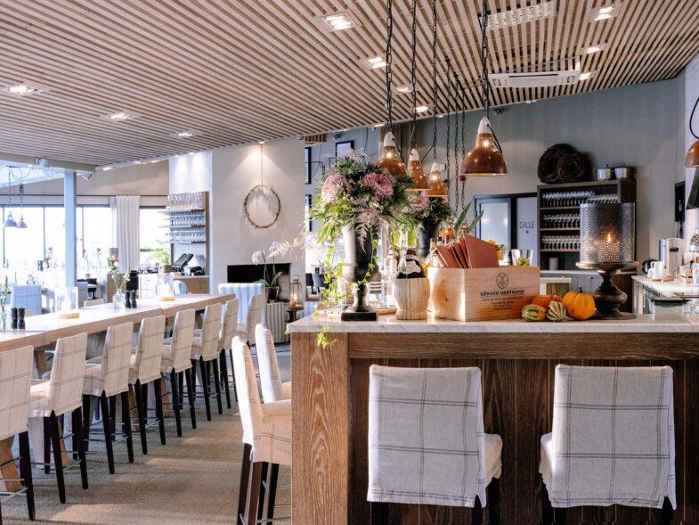 Restaurang Bistron i dagsljus
