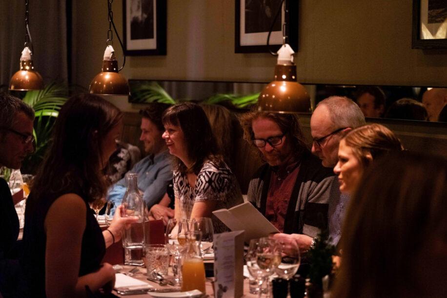 Middagssällskap i Restaurang Bistron